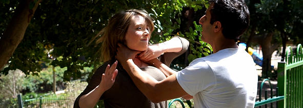 Krav Maga Women Defense Guy Dar 1